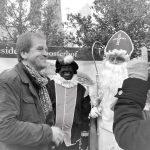 Sinterklaas en Zwarte Piet op werfinspectie bij Residentie Kloosterhof